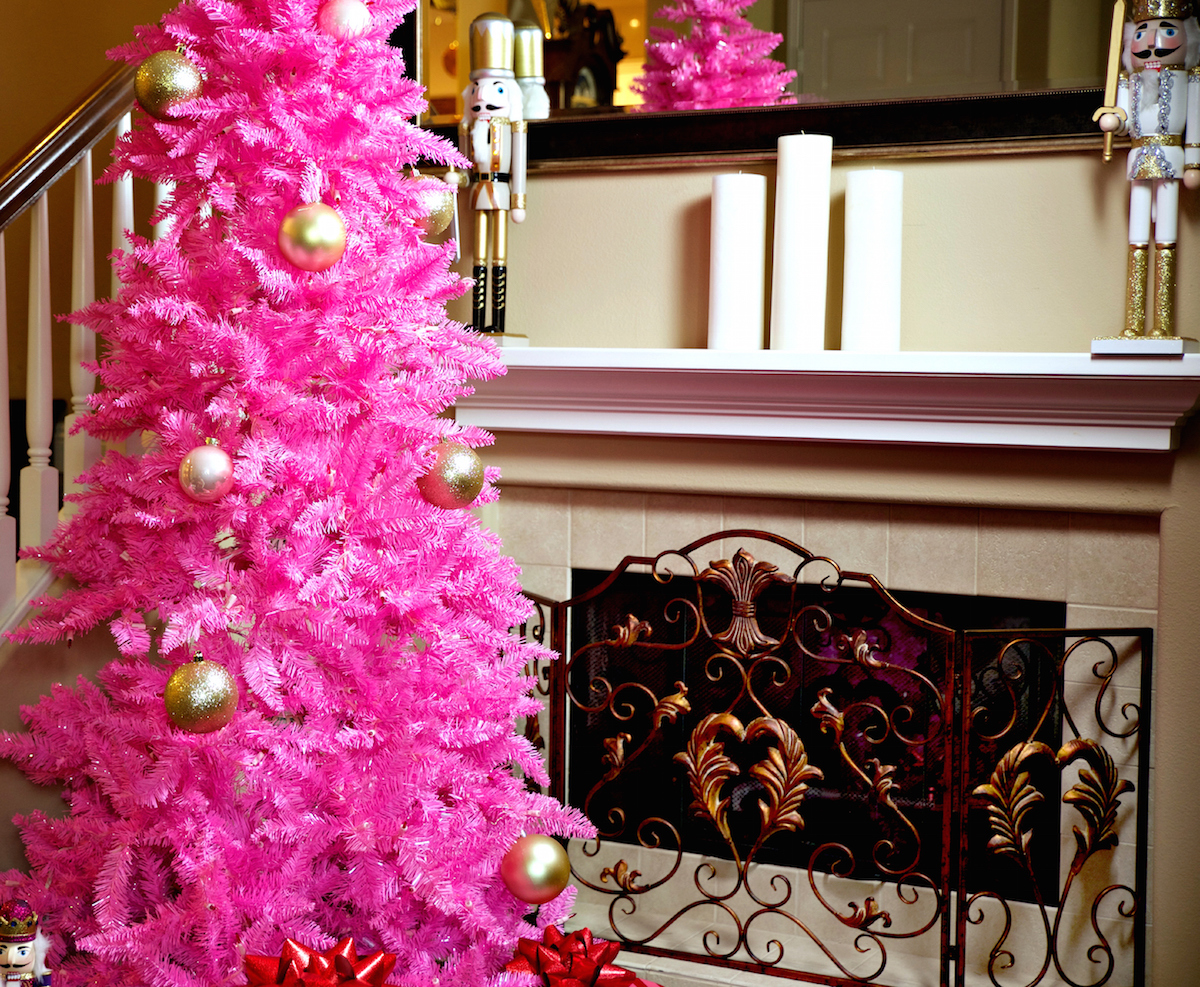 christmas_central_pink